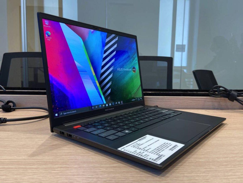 Asus mostra i suoi potenti e ultimi computer portatili, eccoli